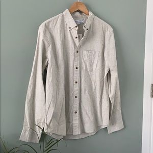 Old navy NWT button Down in Cream Color
